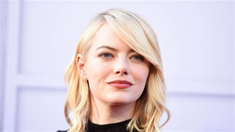 emma stone education emma stone world s highest paid actress earned less than
