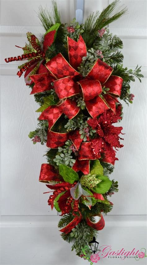 images of christmas swags 130 best swags garlands etc images on pinterest advent