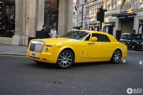 roll royce yellow rolls royce phantom coup 233 30 may 2017 autogespot