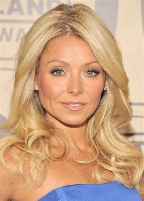 how does kelly ripa bend her hair best 25 kelly ripa haircut ideas only on pinterest