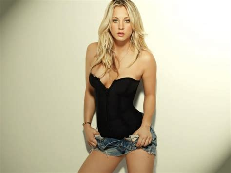 Animal Toilet Paper Holder by Kaley Cuoco 1152x864 Wallpapers 1152x864 Wallpapers