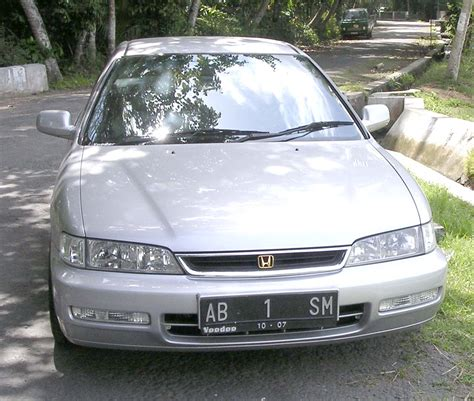 Honda Accord Th 82 pasang iklan mobil bekas jual cepat honda accord cielo th