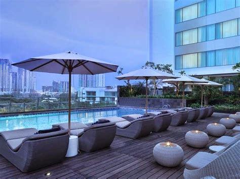 hotel murah  jakarta  fasilitas kolam renang