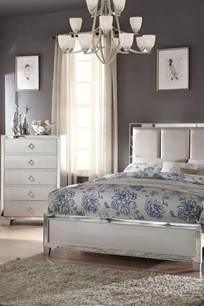 how to arrange bedroom furniture how to arrange furniture in a bedroom overstock com
