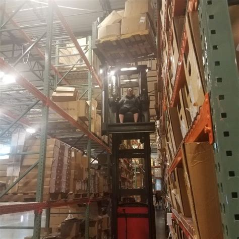 meet   swing reach forklift  super excited