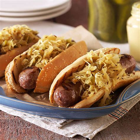 bratwurst and sauerkraut bratwurst sauerkraut www pixshark images galleries