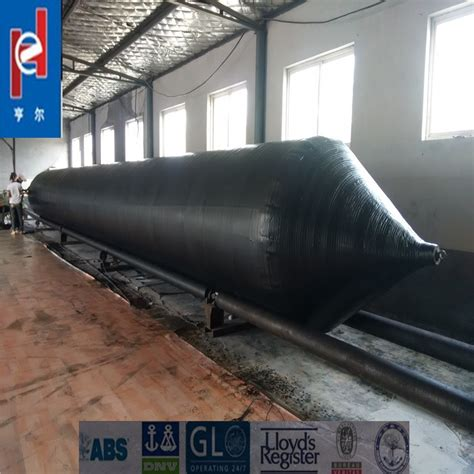 boat salvage airbags marine pneumatic rubber salvage airbag used floating docks