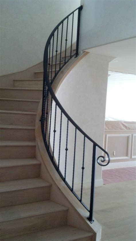 Iron Banister Rails by Best 25 Wrought Iron Handrail Ideas Only On