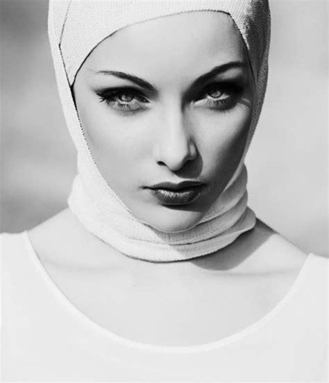 Studio Direct S Quot Beautiful 141 best images about faces on portrait