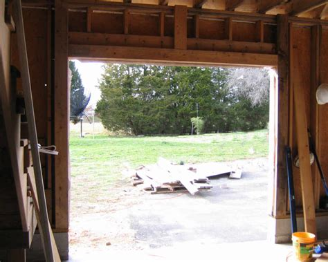 How To Frame Garage Door Opening Framing For Garage Door Tracks Projects Garage Garage Door Track And Garage Doors