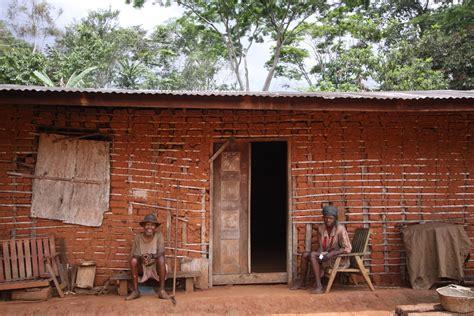 Les maisons à travers le Cameroun