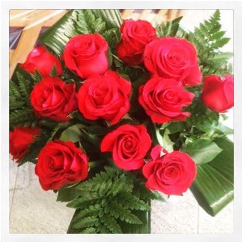fiori per anniversario di matrimonio anniversario di matrimonio rubino quali fiori regalare