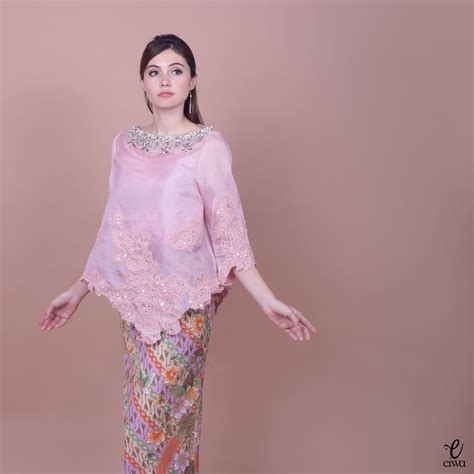 Blouse Muslim Baju Atasan Wanita Lv Top kebaya indonesia modern high low hi low lace brokat organdi organdy organza embellished