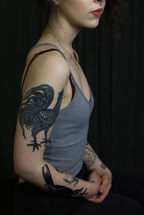 tattooed chicks with tattoos an with eleni stefanou