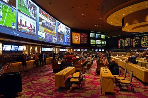 Gaming Desk Designs by 10 Best Race And Sports Books In Las Vegas Top10vegas Com