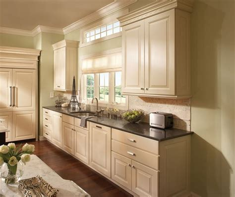 Shuler Cabinets by 1000 Ideas About Schuler Cabinets On Cabinet
