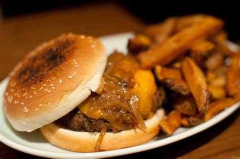 brindle room burger home cooking where to get your favorite comfort foods this fall