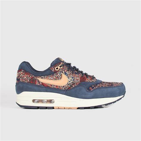Sepatu Nike Air One air max 1 liberty traffic school
