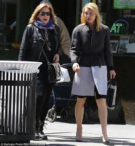 Homeland Wardrobe by Homeland S Danes Upset As She Steps Out In New York
