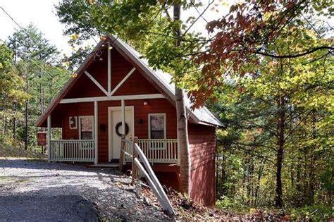 Cabin Deals In Gatlinburg by Honeymoon Gatlinburg Cabin Rentals Updated 2017