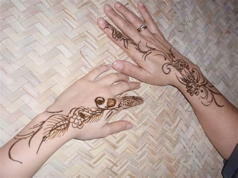 what are henna tattoos made of henna designs 2015