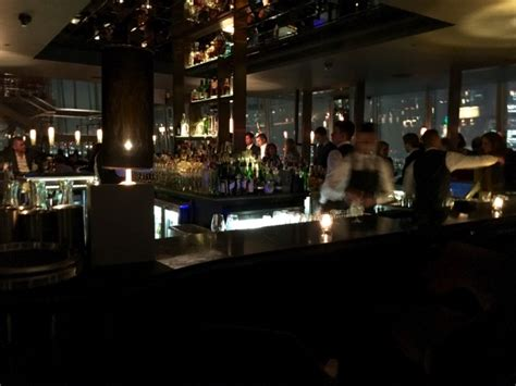 bar at top of shard aqua shard fine dining at the top of shard with splendid