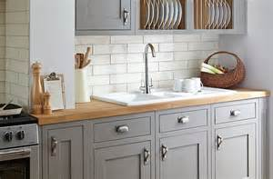 Cooke And Lewis Kitchen Cabinets Cooke Lewis Carisbrooke Taupe Framed Diy At B Q Kitchen Taupe Tes And Om