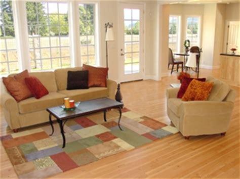 decorating ideas for your vacation home resource furniture 10 drewniane okna białe ramy okienne stylizowane na