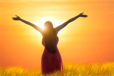 imagenes mujeres cristianas orando nunca pierdas la iniciativa de orar avanza por m 225 s