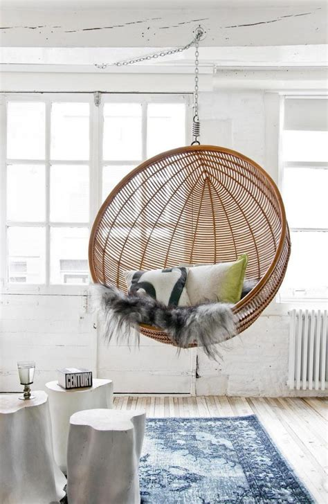 Hanging Ceiling Chair by Comfortable Diy Fabric Hanging Chair Outdoor Design Ideas