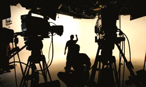 film making it the art of movie making creative and commercial bored art