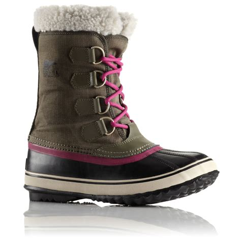 sorel s winter carnival boot countryside