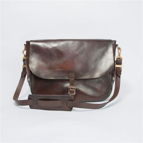 vasco store leather postman shoulder bag type 1 vasco oldoil vasco