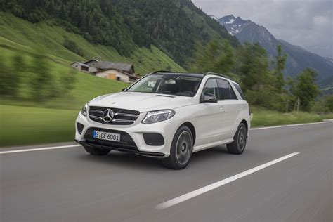 mercedes jeep 2016 white 2016 mercedes benz gle class first drive review motor trend
