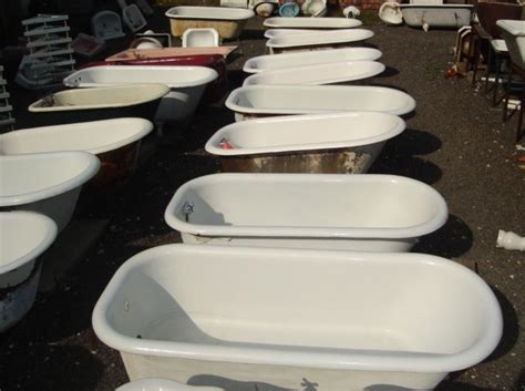 salvage bathtubs claw foot tubs recycling the past architectural salvage
