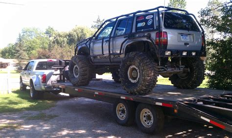 monster jeep cherokee off road monster jeep rock crawler