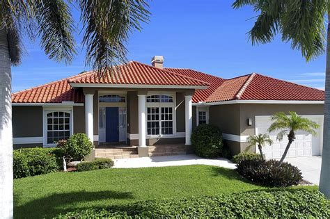 marco island cottage rentals seagrape dr 560 marco island vacation rental marco
