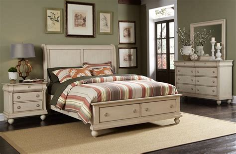 whitewash bedroom furniture rustic traditions ii whitewash finish storage bedroom set