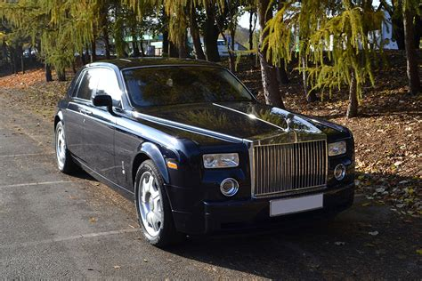 cosmic blue wrapped rolls royce reforma uk