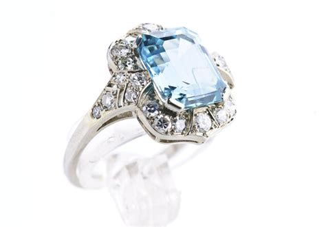 History and Meaning of the Splendid Aquamarine Engagement Ring