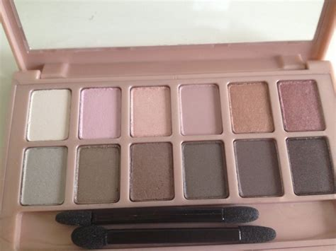 Maybelline The Blushed Palette maybelline the blushed eyeshadow palette review
