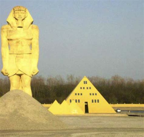 gold house check out these fun illinois roadside attractions on your next road trip disclosure