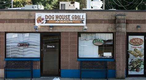 the dog house grill wallingford dog house grill a new restaurant that