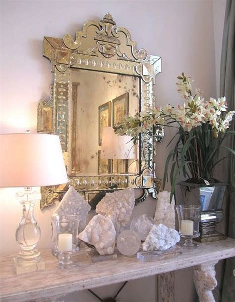Crystal Home Decorations by Best 25 Crystal Decor Ideas On Pinterest Crystal Mobile