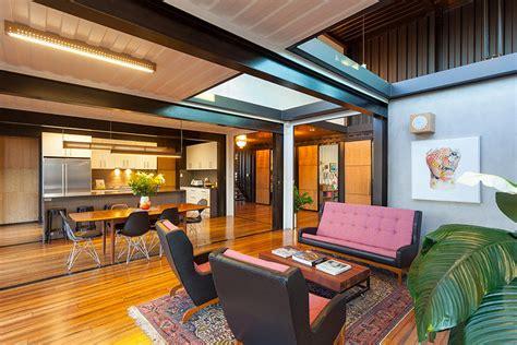 Diseño y construcción de casa con 36 contenedores