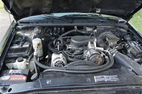 small engine maintenance and repair 1997 gmc jimmy on board diagnostic system sell used 1997 gmc jimmy slt sport utility 4 door with blown engine for parts or repair in