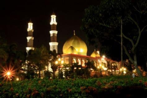 wallpaper masjid kubah emas masjid kubah emas by annarub22 on deviantart