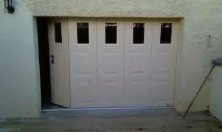 portes de garage sectionnelles laterales et battantes