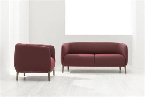 divano morbido divano morbido in stile semplice cuciture a vista idfdesign