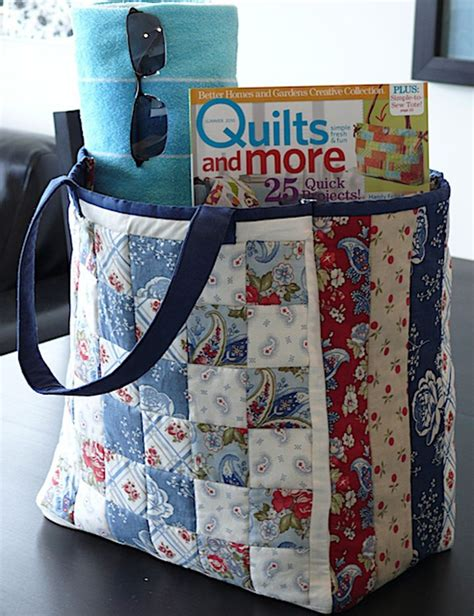 Free Patterns For Patchwork Bags - quilt inspiration free pattern day tote bags